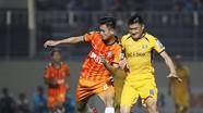 Thanh Hóa lâm nguy, SLNA bám sát Hà Nội, TP.HCM sau vòng 6 V.League