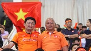 Bố tuyển thủ Trọng Hoàng: 'ĐT Việt Nam sẽ thắng Indonesia nhưng không dễ dàng'