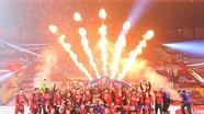 Liverpool nâng cúp vô địch Anh; Tiền đạo giá trị nhất lịch sử V.League đe dọa vị trí Công Phượng