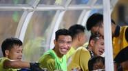 Đoàn Văn Hậu có tên trong danh sách đăng ký của Hà Nội FC; HLV Park kinh ngạc nhìn Trọng Đại ghi 'siêu phẩm'