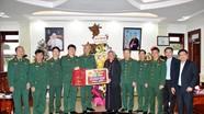 Bộ Tư lệnh Quân khu 4 và Bộ CHQS tỉnh Nghệ An chúc mừng Giáng sinh