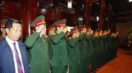 Đảng ủy - Bộ CHQS tỉnh Nghệ An tưởng niệm Chủ tịch Hồ Chí Minh tại Khu di tích Kim Liên