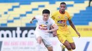 Xuân Trường nhận quà ý nghĩa ngày sinh nhật; Thua ngay trận ra mắt, HLV Hà Nội FC sẵn sàng ra đi