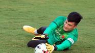 Thủ môn Nguyễn Văn Hoàng và 2 lần thầy Park triệu tập ở phút bù giờ