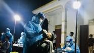 Nam Đàn: Khẩn trương lấy 4.200 mẫu xét nghiệm PCR trong đêm cho người dân xã Trung Phúc Cường