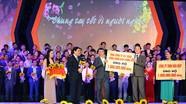 303 tập thể, cá nhân ủng hộ 64,8 tỷ đồng cho Tết Vì người nghèo Mậu Tuất