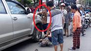 Khởi tố tài xế xe bán tải lùi xe cán chết người đi xe đạp
