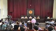 Vụ chạy thận: Gia đình 8 nạn nhân đề nghị Tòa tuyên bác sĩ Lương vô tội