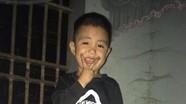 Tìm kiếm bé trai 5 tuổi mất tích sau khi xin bố sang nhà hàng xóm chơi