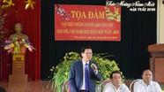 Hơn 200 người làm báo, văn nghệ sỹ huyện lúa về dự gặp mặt đầu Xuân