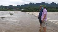 Sạt lở đất và ngập nhiều tuyến đường vùng cao ở Nghệ An