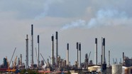Hai người Việt dính líu đến vụ trộm dầu hơn 2 triệu USD ở Singapore