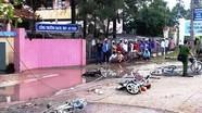 6 học sinh bị điện giật gần cổng trường, hai người tử vong