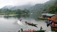 Con Cuông: Nước sông Giăng không cạn, lượng khách du lịch đông nhất từ trước tới nay