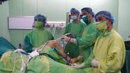 Bệnh viện ĐKTP Vinh triển khai phẫu thuật nội soi tái tạo dây chằng chéo khớp gối