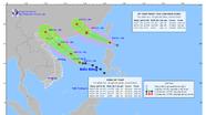 Áp thấp nhiệt đới gió giật cấp 8 hướng vào Biển Đông, khả năng mạnh lên thành bão