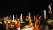 Đêm thiêng nghĩa trang Việt Lào