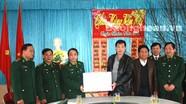 Đoàn công tác của tỉnh chúc tết Đồn biên phòng Cảng Cửa Lò - Bến Thủy