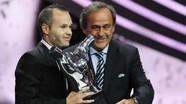 """Andres Iniesta giành giải """"Cầu thủ hay nhất châu Âu"""" năm 2012"""