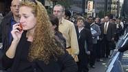 Triệu phú Mỹ ùn ùn xếp hàng xin trợ cấp thất nghiệp