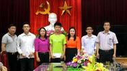 Tặng quà học sinh tham dự Olympic Quốc tế, khu vực