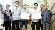 Khen thưởng 2 công dân tìm kiếm thi thể 3 học sinh đuối nước