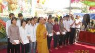 Hàng nghìn người nô nức tham dự  lễ tắm Phật tại chùa Yên Thái