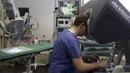 Bỉ lần đầu thực hiện thành công ca mổ tim cho trẻ em bằng robot