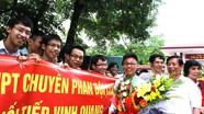 Bí thư Tỉnh ủy Nguyễn Đắc Vinh thăm trường chuyên Phan Bội Châu