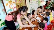 Bữa ăn dinh dưỡng cho trẻ ở rẻo cao Kỳ Sơn