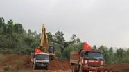 Gấp rút thi công đường nguyên liệu phục vụ nhà máy xi măng Tân Thắng