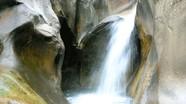 Cùng dân phượt trải nghiệm thác nước 7 tầng