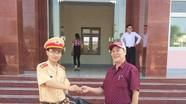 CSGT Nghệ An trao trả xe máy bị mất trộm cho người dân Bình Định