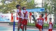 Gần 100 VĐV tham dự giải vô địch đá cầu bãi biển
