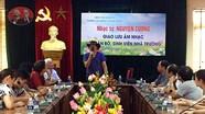 Nhạc sĩ Nguyễn Cường giao lưu tại Trường CĐVHNT Nghệ An