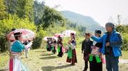 Người Mông Nghệ An rảnh rỗi là ... ném pao tìm người yêu