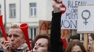 Phụ nữ Ba Lan biểu tình vì luật cấm phá thai mới
