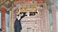 Nhiều sắc phong quý trong ngôi đền cổ