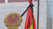 Cờ rủ khắp phố Hà Nội trong ngày Quốc tang lãnh tụ Fidel Castro