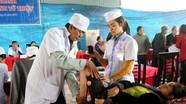 Gần 600 người được khám chữa bệnh miễn phí tại chùa Viên Quang