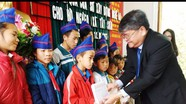 Sở Xây dựng trao quà trị giá 110 triệu đồng cho người nghèo Kỳ Sơn