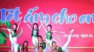 Trao học bổng Vừ A Dính và mang 'Tết ấm' đến học sinh nghèo Nghệ An