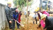 Sinh hoạt chi bộ gắn với Tết trồng cây ở Thanh Chương