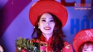 Ngắm vẻ rạng rỡ của người đẹp Lễ hội đền Đức Hoàng