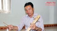 Người đàn ông vùng cao chơi thành thạo gần 10 nhạc cụ