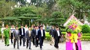 Tổng Giám đốc Đài Truyền hình Việt Nam dâng hương tại Khu di tích Kim Liên