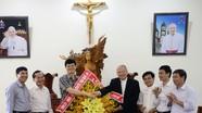 Lãnh đạo tỉnh chúc mừng Tòa giám mục giáo phận Vinh nhân Lễ Phục sinh