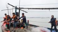Chức sắc, chức việc cảm ơn bộ đội cứu sống ngư dân gặp nạn trên biển