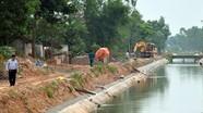 Người dân vô tư xả thải vào kênh thủy lợi lớn bậc nhất Nghệ An
