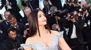 Ngắm Hoa hậu đẹp nhất mọi thời đại gợi cảm ở tuổi 44
